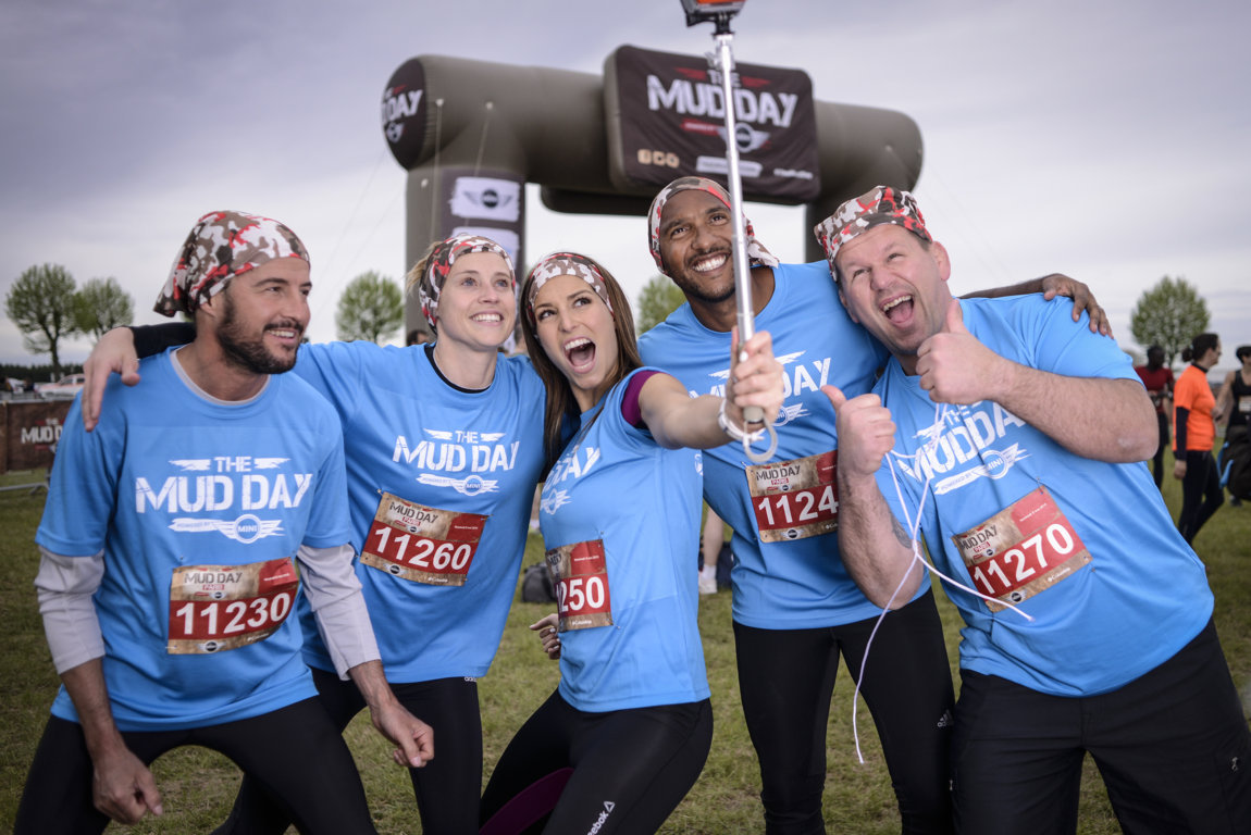 Laury-Thilleman-The-Mud-Day-Paris-2015-02 LT
